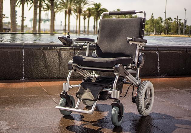 jenis kursi roda